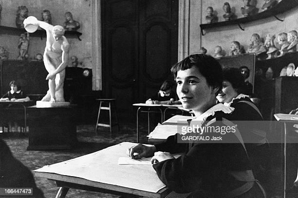 150Th Anniversary Of The School Of The Legion Of Honour In SaintDenis Guillemette 13 ans la nouvelle 'demoiselle de SaintDenis' découvre son école la...