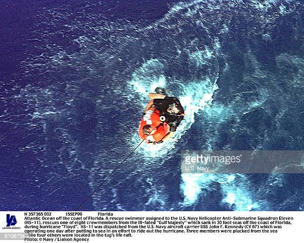 N 357365 002 15Sep99 Florida Atlantic Ocean Off The Coast Of Florida A Rescue Swimmer Assigned To The US Navy Helicopter AntiSubmarine Squadron...