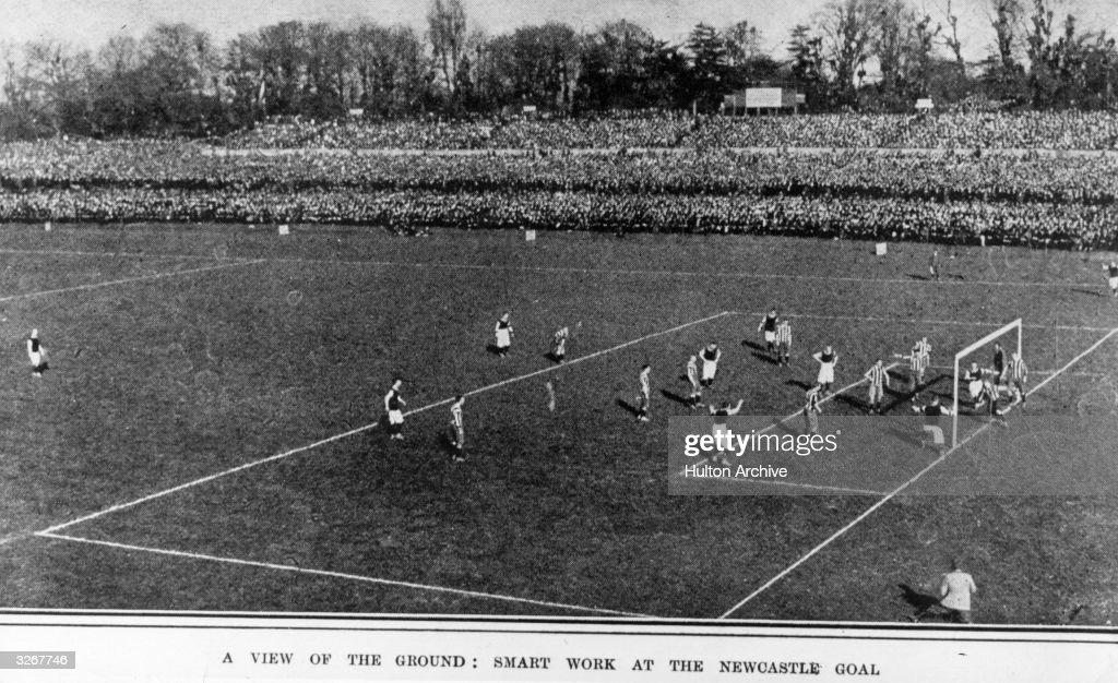 Cup Final 1905 : News Photo