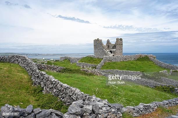 15th Century Castle & Stone Fort