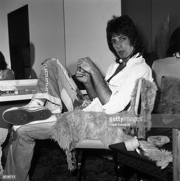 Australianborn actor and pop singer Rick Springfield sits on a furcovered chair backstage in his dressing room before a concert at Knotts Berry Farm...