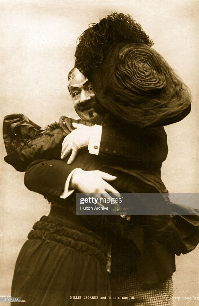 Joyful Embrace : News Photo