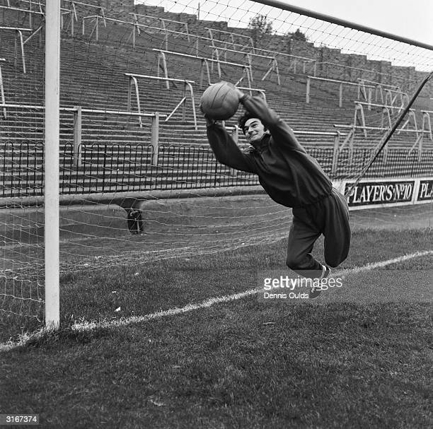 Alan Knott England and Kent wicketkeeper taking in some goal mouth practice at Charlton FC ground The Valley in preparation for the England Cricket...