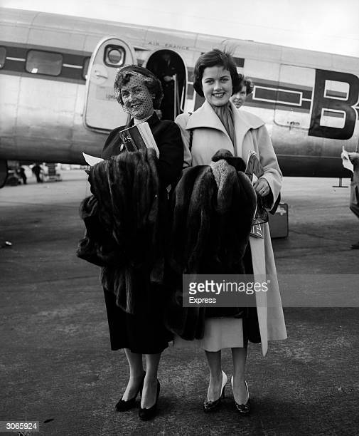 Mimi Medart an American girl who became friendly with King Farouk of Egypt while on holiday in France leaving an Air France plane