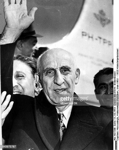 *16061882Politiker IranMinisterpräsident 19511953 Porträt während seiner Ankunft in New York wo er die Interessen seines Landes im britischpersischen...