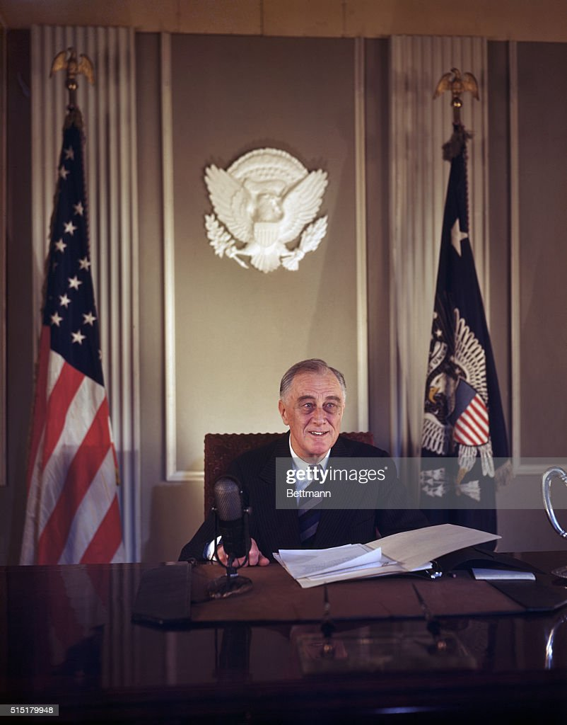 President Franklin Roosevelt in Oval Office : News Photo