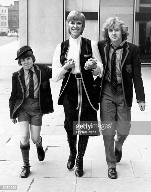British actress Wendy Craig with two of her costars David Parfitt and Robin Davies in the television series 'And Mother Makes Three'