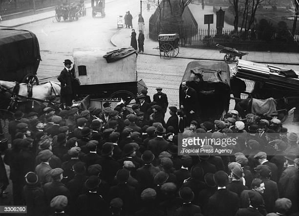 The Unionist Candidate Major Wilson addressing a meeting outside the 'Salmon And Bull' during the Bethnal Green By Election