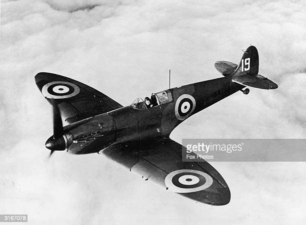 A Spitfire I equipped with a radio in flight Belonging to 19 Squadron at Duxford Cambridgshire It was one of the first to be supplied to the RAF