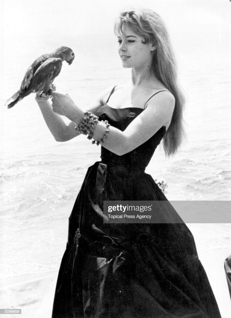 Brigitte With Polly : News Photo