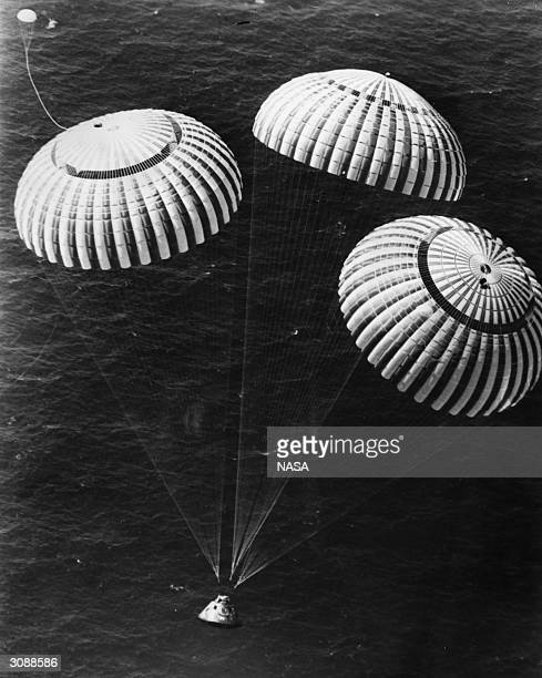 Apollo 16 spacecraft containing the lunar astronauts John Young Thomas Mattingly and Charles Duke Jnr landing in the Pacific ocean500 miles south of...