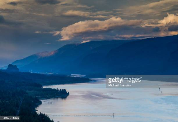 170924_mhp_gorge_024 - hood river valley stock photos and pictures
