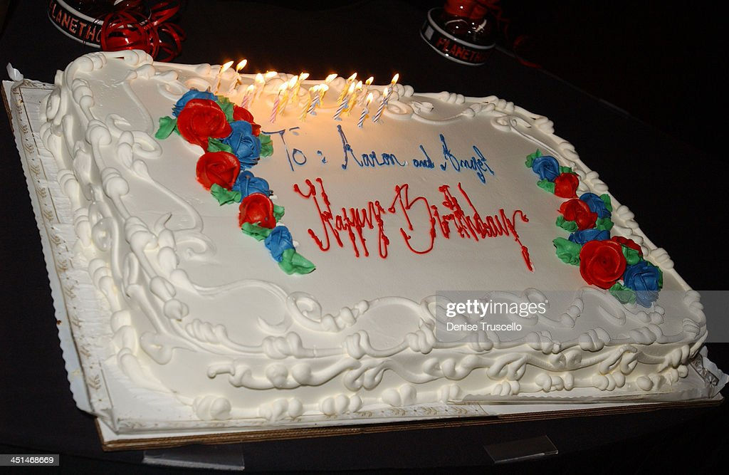 Magnificent 17Th Birthday Cake For Aaron Carter And Angel Carters News Photo Personalised Birthday Cards Veneteletsinfo