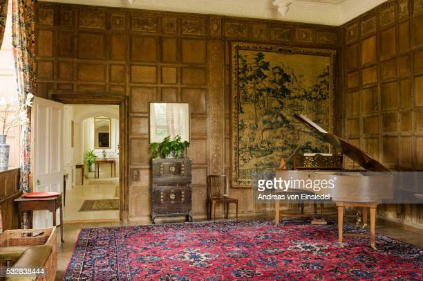 17th century cotswold country house - domestic room stock pictures, royalty-free photos & images