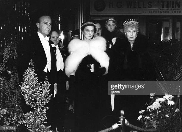 Duchess Marina of Kent with Queen Mary at Leicester Square Theatre for the first night of 'The Ghost Goes West'