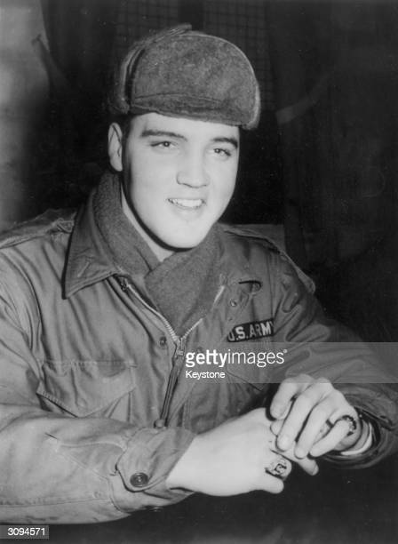 US rock 'n' roll singer Elvis Presley in military uniform during his stint as a US serviceman at the Grafenwoehr exercise camp Germany
