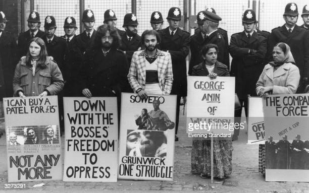 Pickets and police outside the Grunwick photoprocessing Laboratory in Willesden London