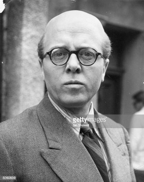 British actor and director Richard Attenborough in the role of mass murderer John Reginald Christie for the Columbia film '10 Rillington Place'
