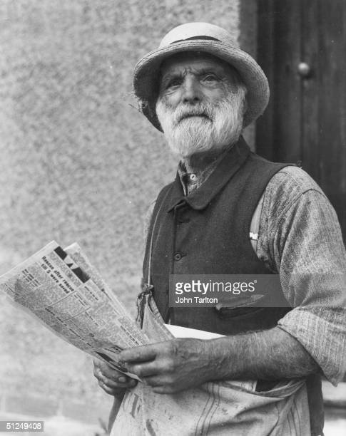 17th October 1947 83 year old Alfred Smith on his newspaper round at White Notley Braintree Essex