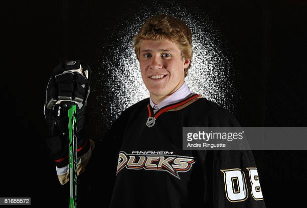 17th overall pick Jake Gardiner of the Anaheim Ducks poses for a portrait at the 2008 NHL Entry Draft at Scotiabank Place on June 20 2008 in Ottawa...