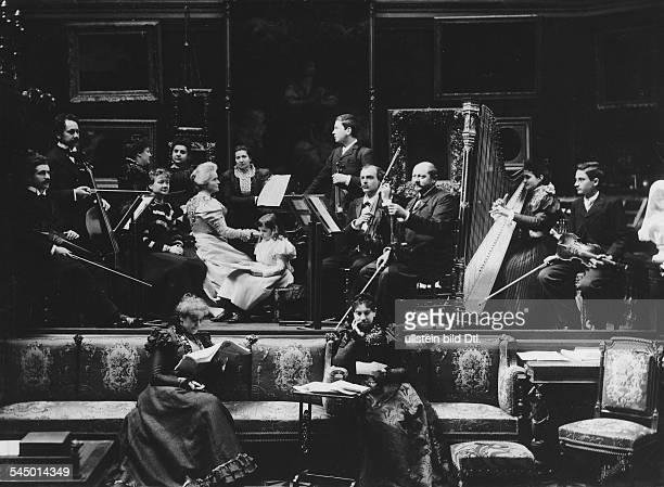 *18431916Hofkonzert bei der Königin 1902