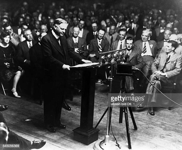 18741964Politiker USA31 Präsident 19291933Wahlveranstaltung der republikanischenPartei zur Präsidentenwahl in HooversGeburtsort West Brand/Iowa...