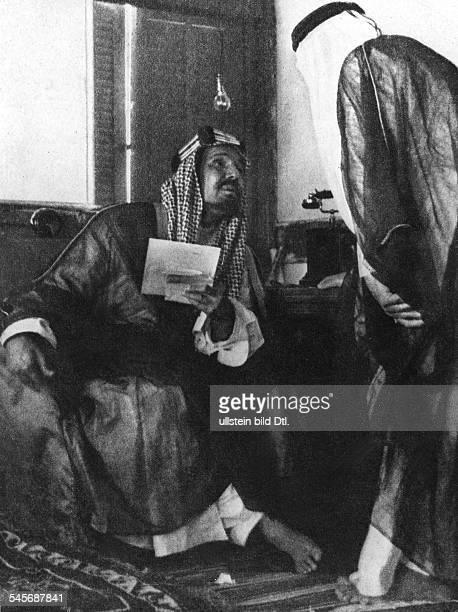 *18801953König von SaudiArabien beim Gespräch über den neuenFreundschaftsvertrag mit dem Yemen 1934