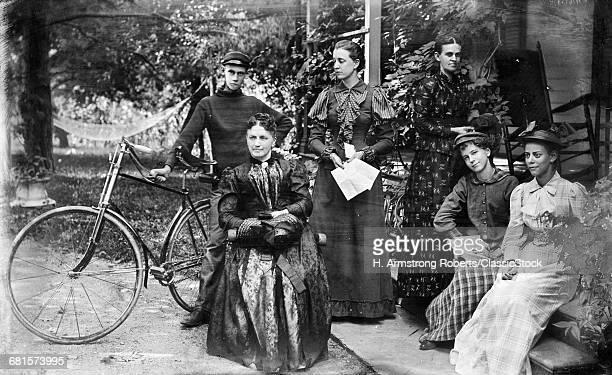 1890s GROUP PORTRAIT FIVE...