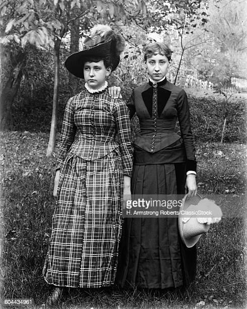 1890 1890s PORTRAIT TWO.