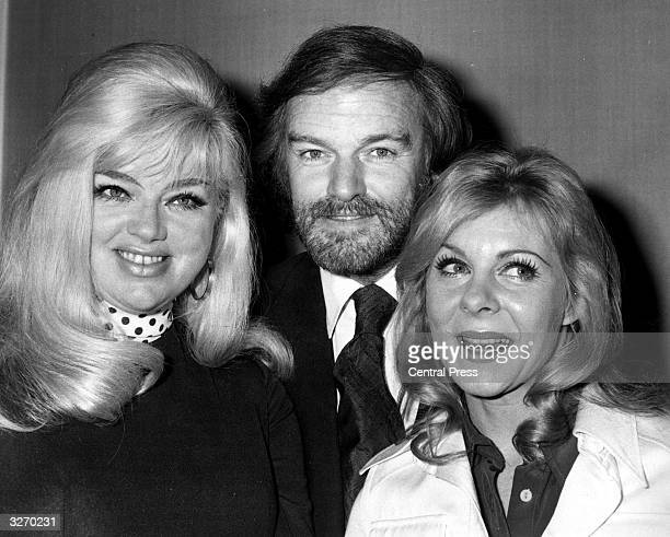 Keith Michell the Director of the Chichester Theatre flanked by actress Diana Dors and June Ritchie one of the leading stars from the 1974 company at...