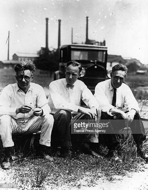 From left to right Rappelyea former prosecutor of Dayton Professor John Thomas Scopes and Dr J R Dean at Dayton Tennessee during the 'Monkeyville'...
