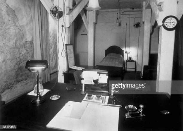 The simple furnished emergency bedroomcumoffice used by Churchill during the war