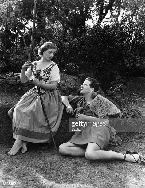 English actors Pamela Stanley and Hubert Gregg in a Robert Atkins production of 'As You Like It' at Regent's Park Open Air Theatre London