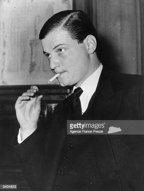 AngloFrench financier James Goldsmith during an interval in the hearing of the court case in Paris concerning his 4monthold daughter Isabel