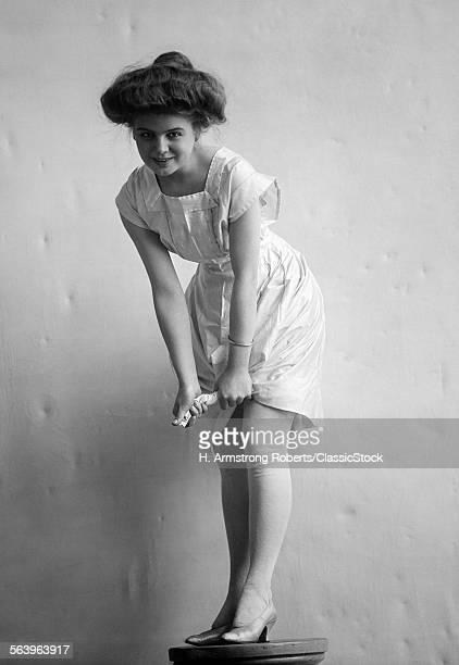 1900s 1910s SMILINGOMAN...
