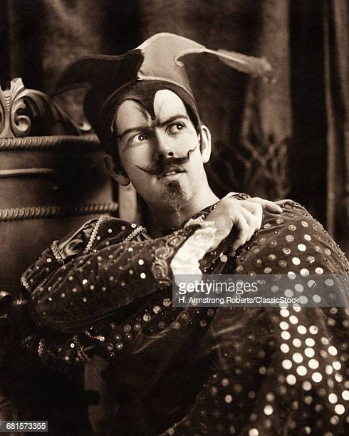 1900s MAN IN THEATRICAL...