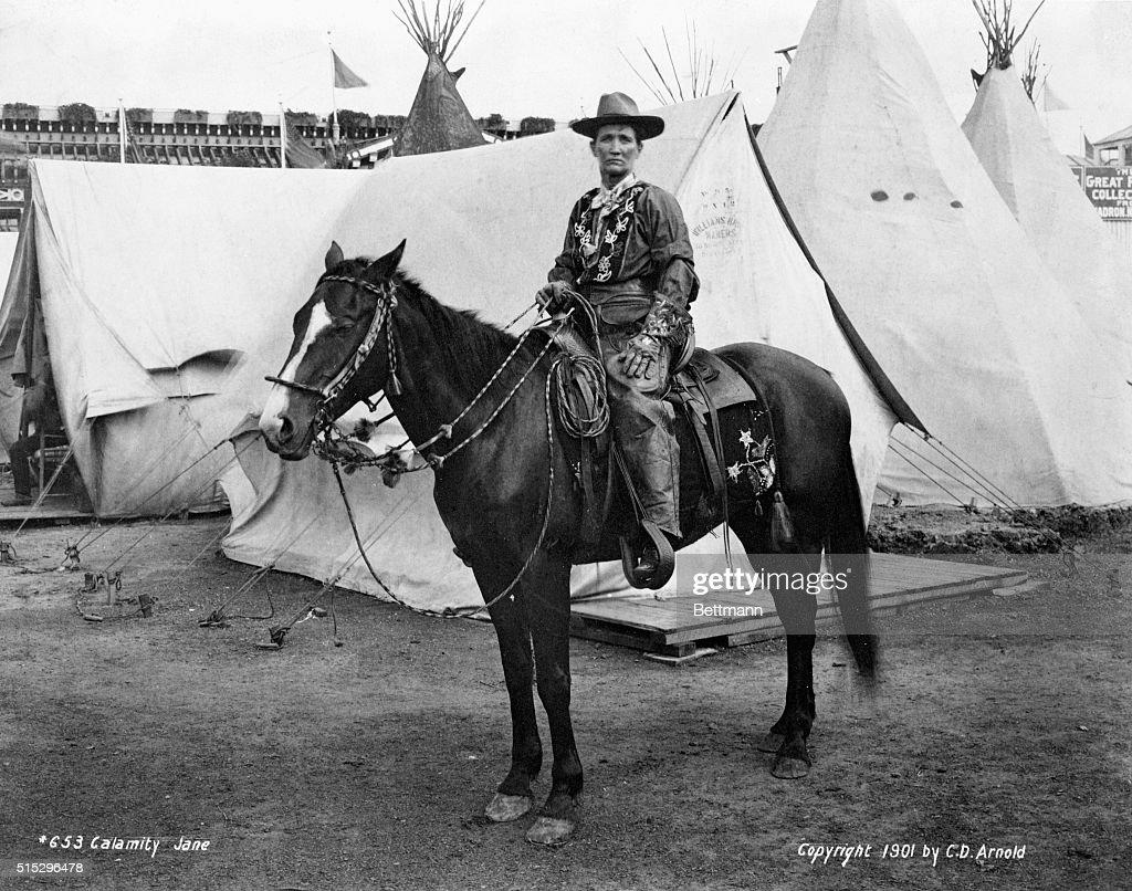 Calimity Jane On Horseback : News Photo