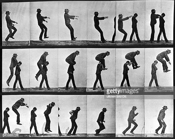 1830 1904Fotograf England Bewegungsstudie Zwei Männer beim Bockspringen