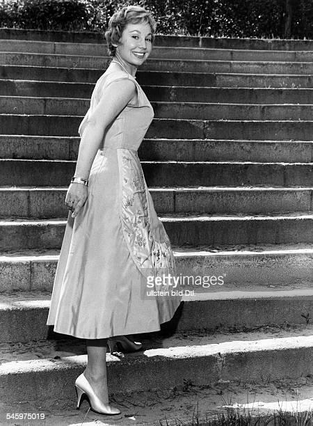 *Sängerin Sopran D 1958