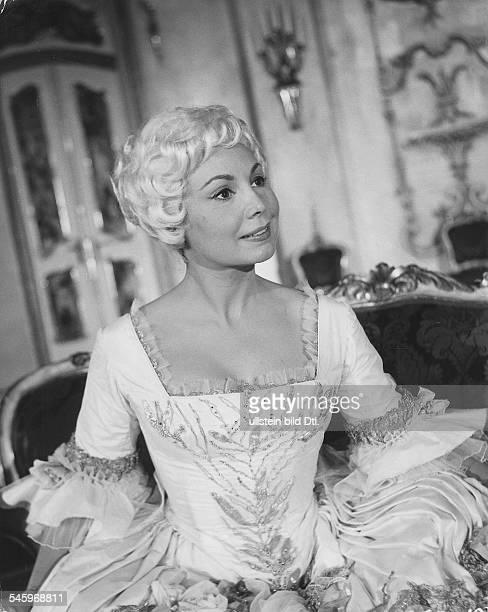 *Sängerin Sopran Dals Sophie in dem Film Der Rosenkavalier Regie Paul Czinner England 1960