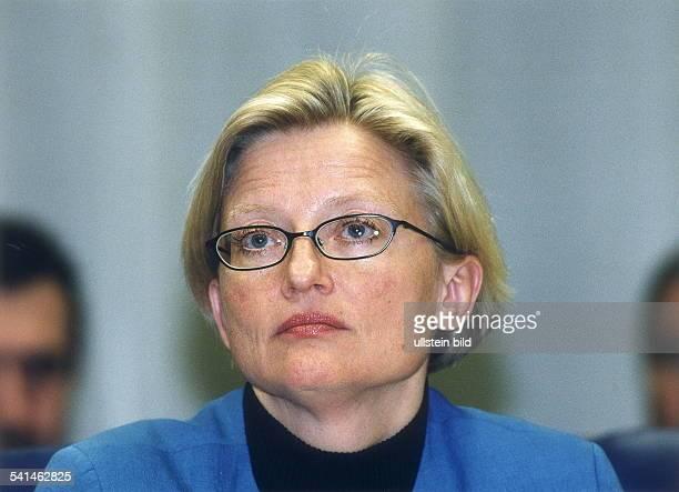 Juristin Politikerin Sozialdemokraten SchwedenAussenministerin EURatspräsidentinwährend einer Ratssitzung in Luxemburg