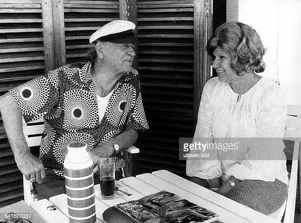 *19061973Schriftsteller Frankreichmit seiner Ehefrau Rit in Torreblanca 1973