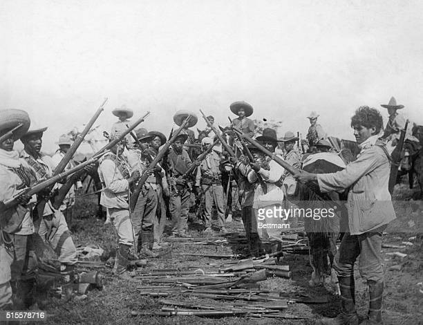 1915Guns of Pancho Villa's adherents captured by Carranza's forces Villa's uprising against Venustiano Carranza was successfully quelched 1915...