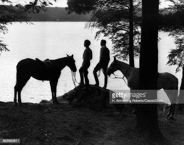 1920s 1930s SILHOUETTE OF...