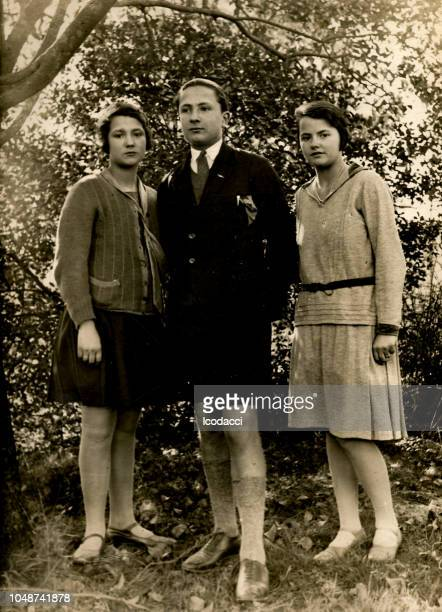 1920s italian family portrait - archival stock pictures, royalty-free photos & images