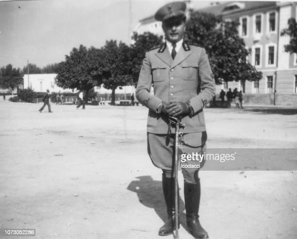 1920 年代のイタリアの兵士の肖像画 - 軍服 ストックフォトと画像