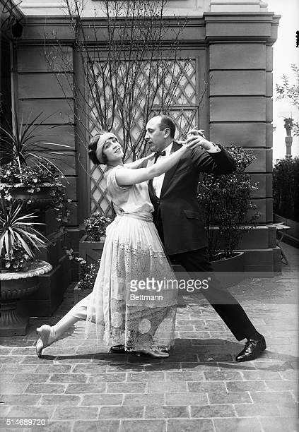 1923Mimi Palmer and Arthur Murray dancing Prince of Wales Fox Trot