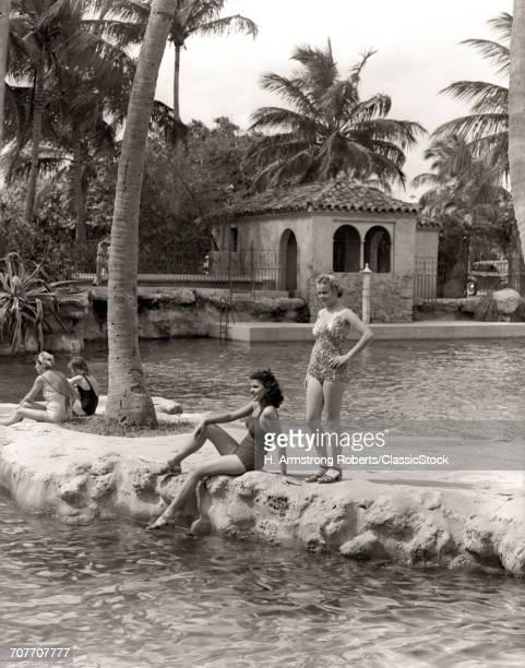 1930s 1940s 2 WOMEN...