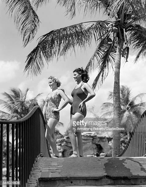 1930s 1940s 2 WOMEN POSING...