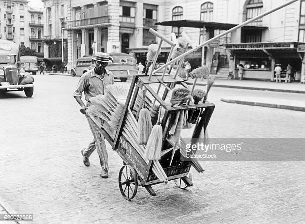 1930s 1940s BROOM VENDOR...